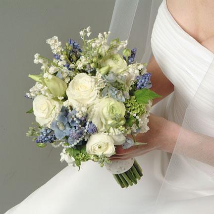 existen distintos formatos de ramos de flores para novia